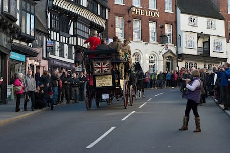 The Lion Hotel, Shrewsbury - Shrewsbury - Bed & Breakfast