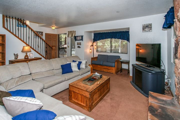 Ski Time Getaway Furnished 3 BR Ski Resort Condo