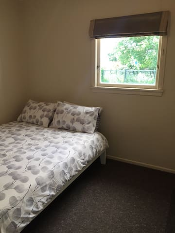 Little River Bach Bedroom