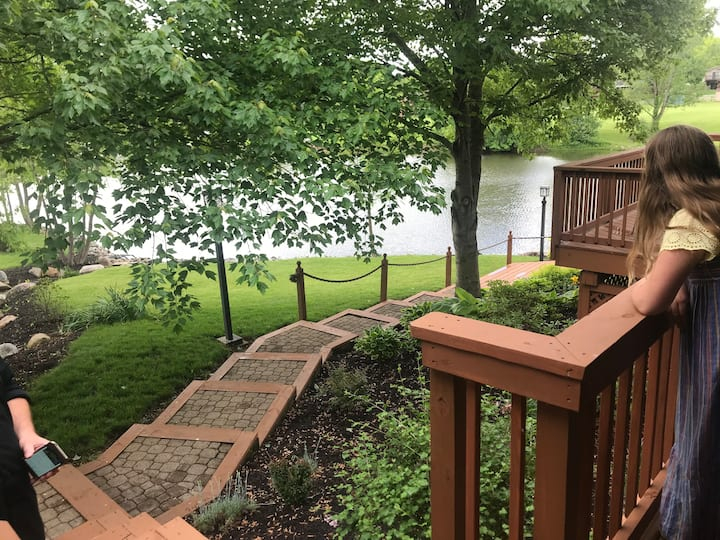 Guestsuite on Tara Lake • 2 BR COVID-19 ready!!