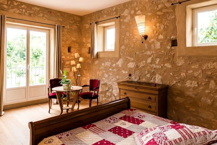 Suite GUANACO à La Jinolié Demeure de Caractère - Damiatte - Bed & Breakfast