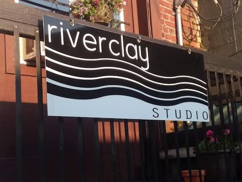 Riverclay Studio, enjoy downtown Mount Vernon.