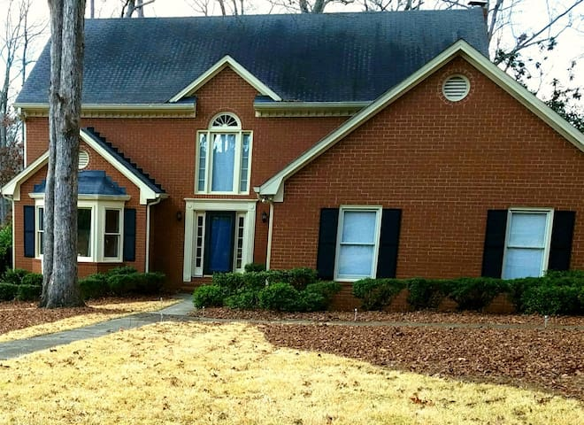 4 BDRM House for Masters Week