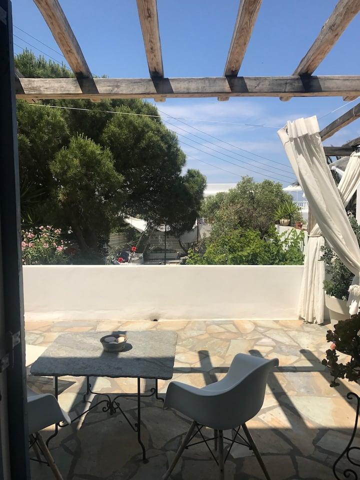 studio with (2 adult) garden view uper floor 102