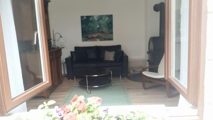 Klein aber fein, ruhige Wohnung im Hinterhof
