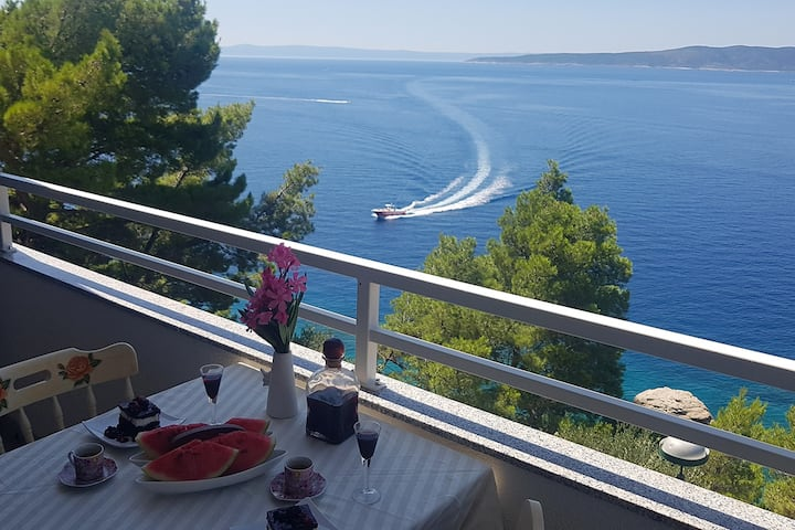 Brela Villa Skalinada Apt6 with stunning sea-view