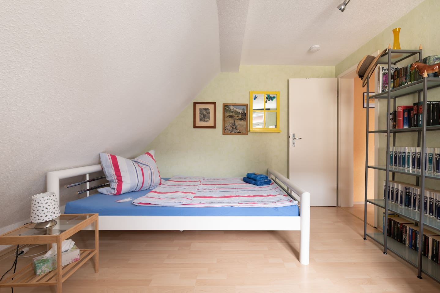 Zimmer für 1 Person, 1 Bett 1,40 m breit