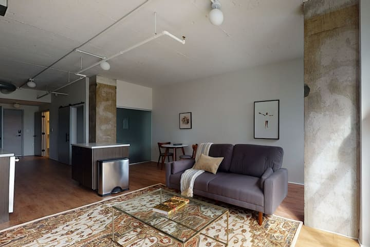 Polished 1BR at The Foundry by Parks w/ Amenities