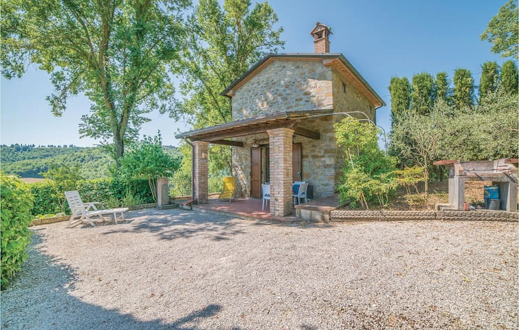 Holiday cottage with 1 bedroom on 40m² in Monterchi AR