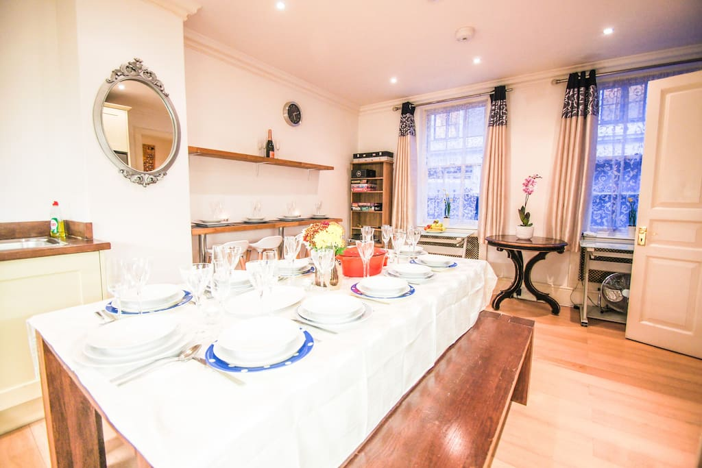 Fully equipped kitchen - whole groundfloor - dinner for 24 person (second table not on picture!)
