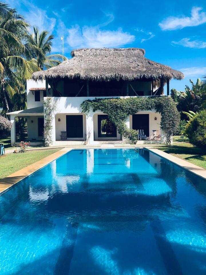 Casa Maya private villa on the beach