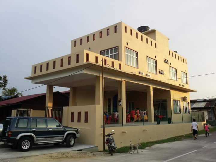 Gemas home stay block B private house with 2 rooms