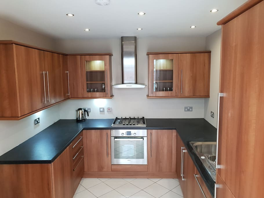 Full kitchen facility available for guests to cook their own meals if required. very modern and clean with Fridge, Freezer, Dishwasher and Washing machine.