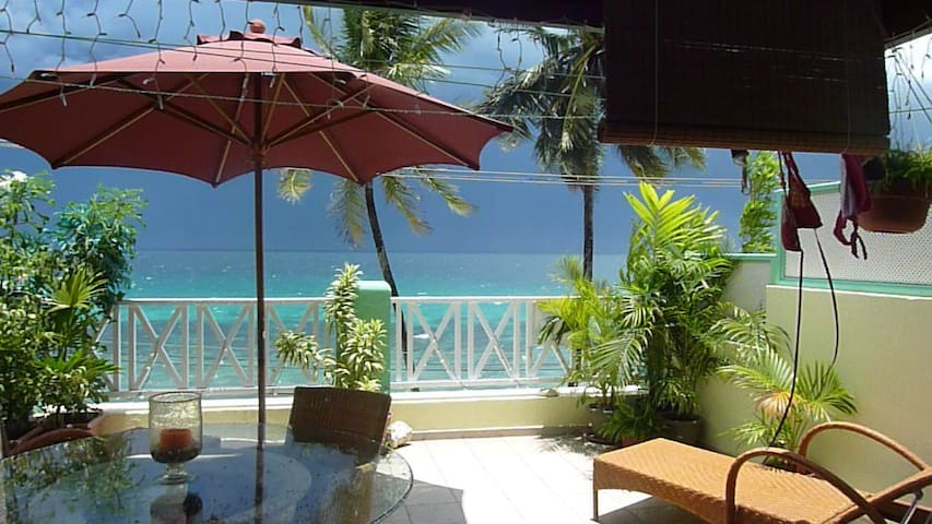 West Coast Beachfront Penthouse - Speightstown  - Apartmen