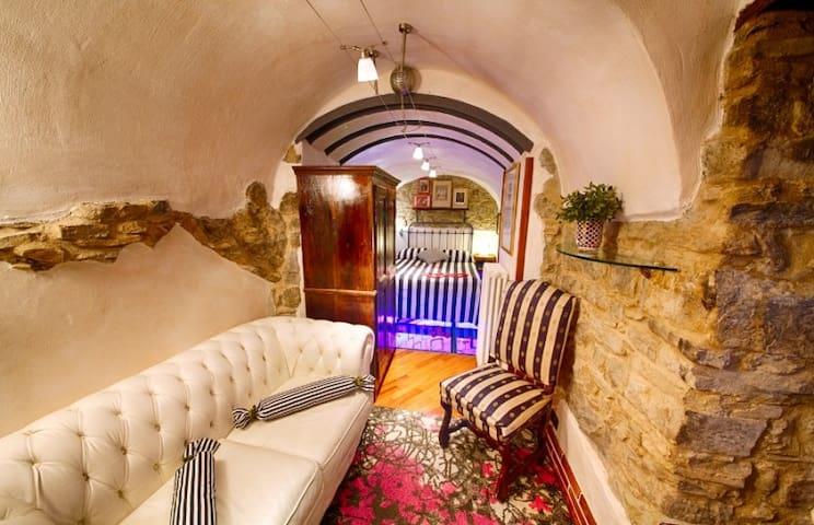 Appartamento nel Borgo Medievale - Apricale - Huoneisto