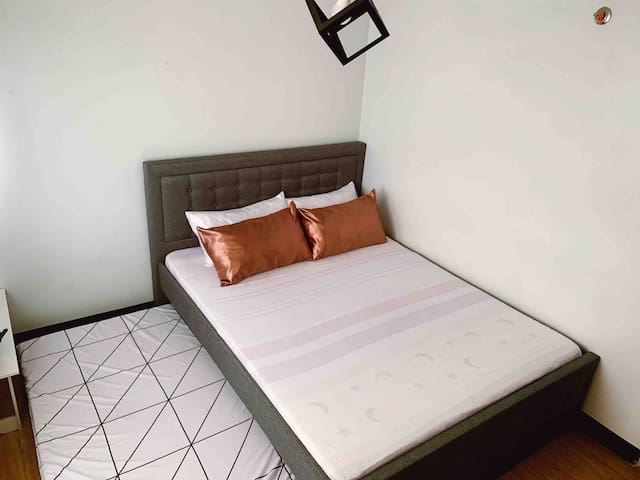 Our bedroom • Queen size + single pull out bed