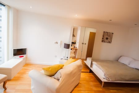 Apartment Salford Quays,MediaCityUK - Salford - Apartment