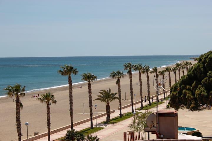 Piso en la playa - Miami Platja