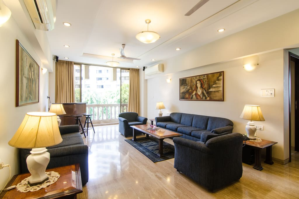 1 Br In Altamount Road Centrally Located Comfy Apartments For Rent In Mumbai Maharashtra