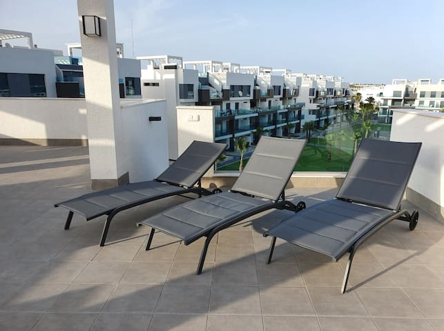 Lovely appartement penthouse 3 bedrooms Guardamar