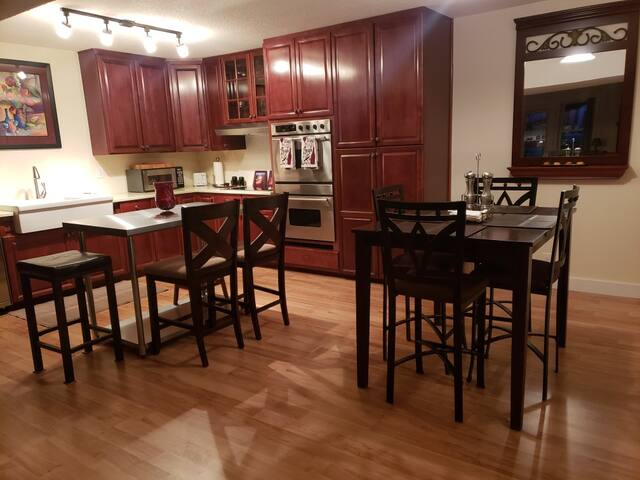 Dining area and kitchen island