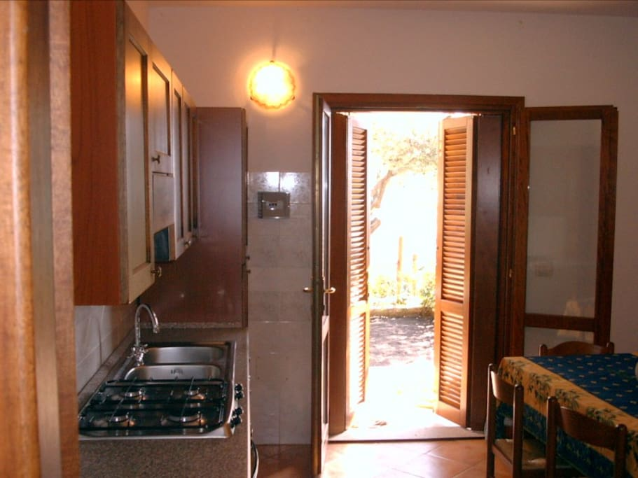 Trilocale in residence con piscina flats for rent in for Residence con piscina budoni