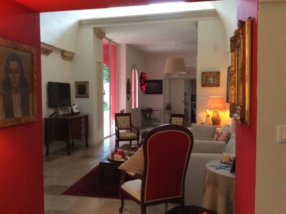 Goccia - entering onto the living room - Tiggiano - Salento