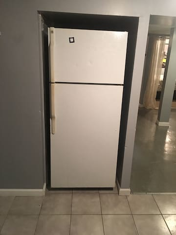 Simple 2 bedroom apt private - West Babylon - Pis