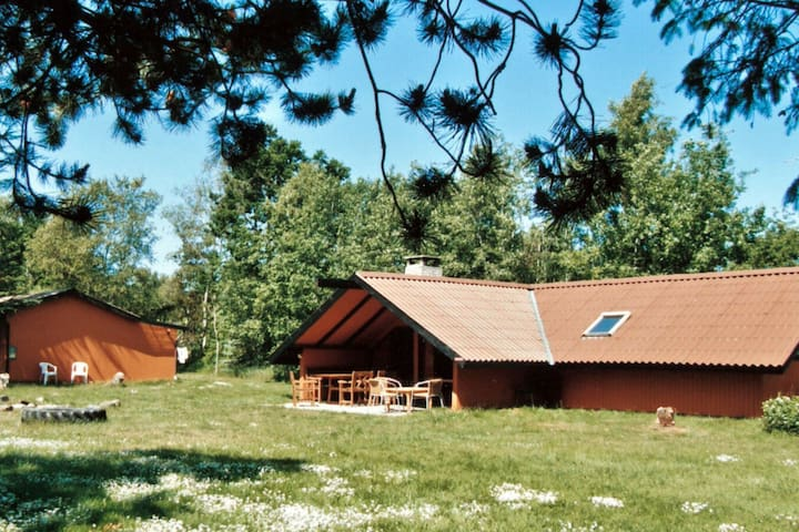 9 person holiday home in Grenaa
