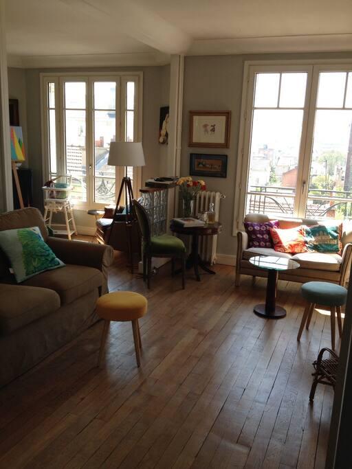 Double Living spacieux et lumineux
