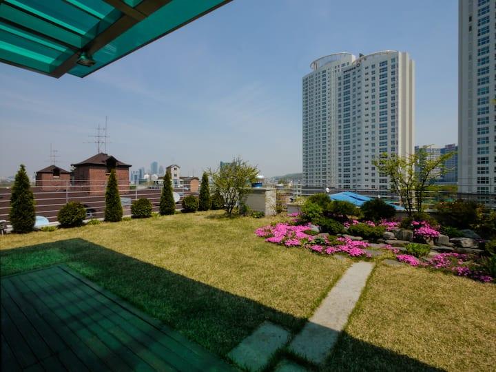 A Studio54 Gangnam/The k hotel/Yangjae  forest ST