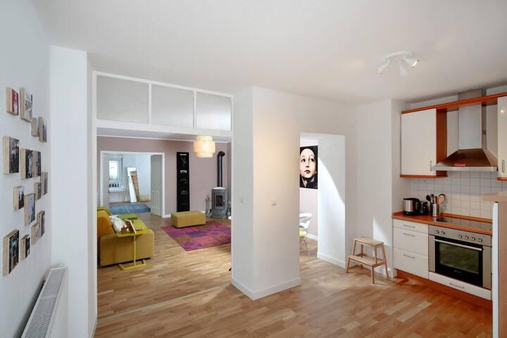 Ganze Wohnung - stilvolle Wohlfühlatmosphäre