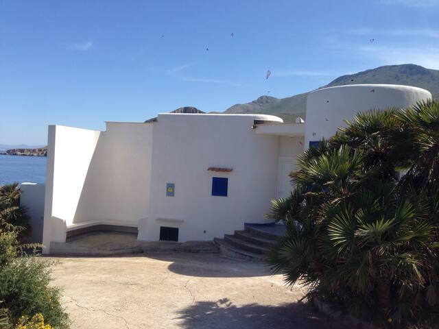 Incantevole villa sul mare - San Vito Lo Capo - Willa