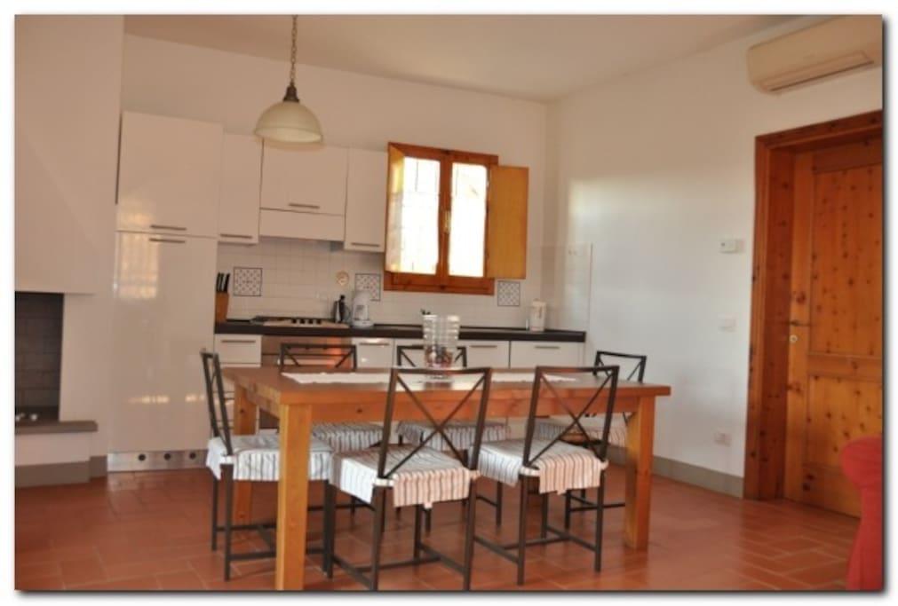 Cucina soggiorno appartamento 2
