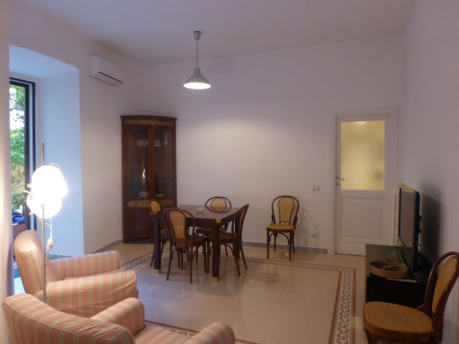 Two Bedroom Apartment With Garden Apartments For Rent In Rome Rm Italy