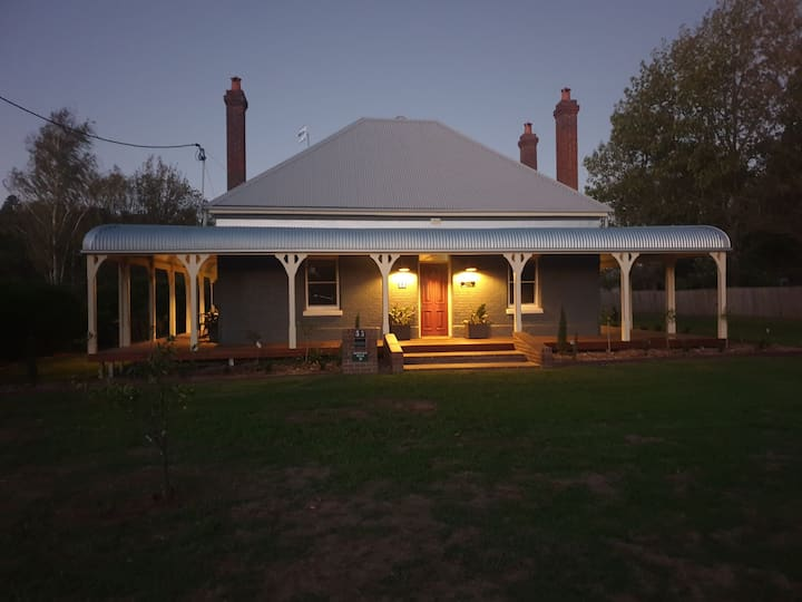 King's Cottage Uralla