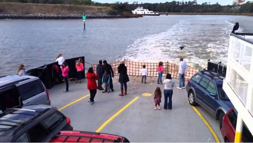 Take the Southport Ferry to Ft Fisher to tour the NC Aquarium and Carolina Beach