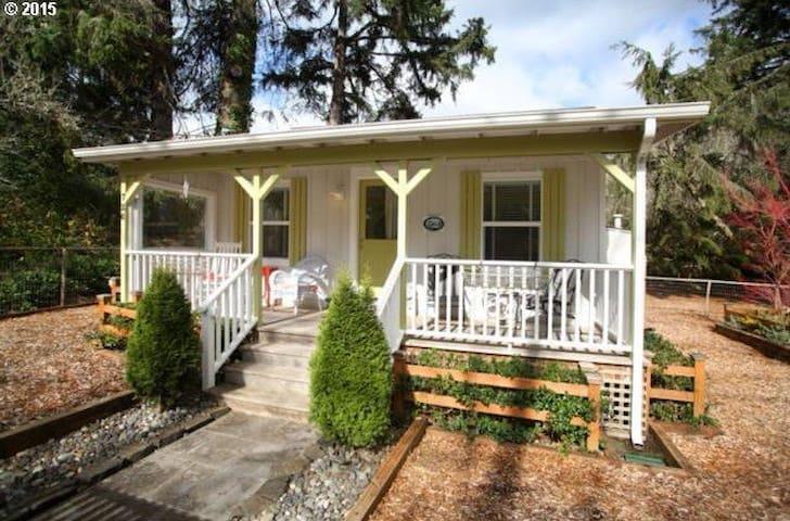 Gearhart Beach Dream Cottage. CUTE! - Gearhart - Casa