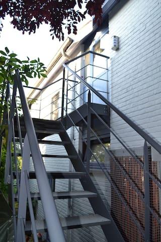 Duplex neuf ( +/-38 m2 )
