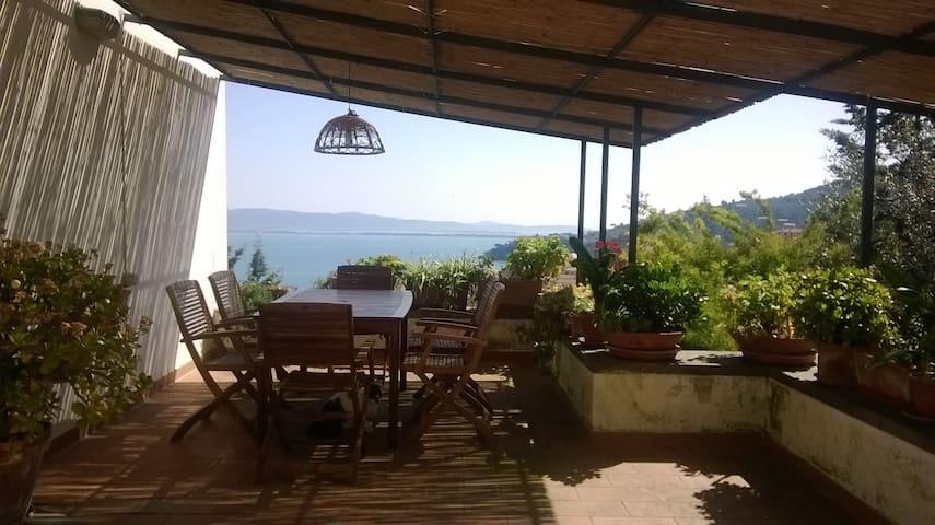appartamento con terrazza da sogno - Porto Santo Stefano