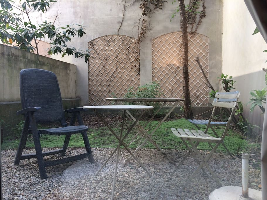 Studio parisien 35m2 avec jardin apartments for rent in for Jardin 35m2