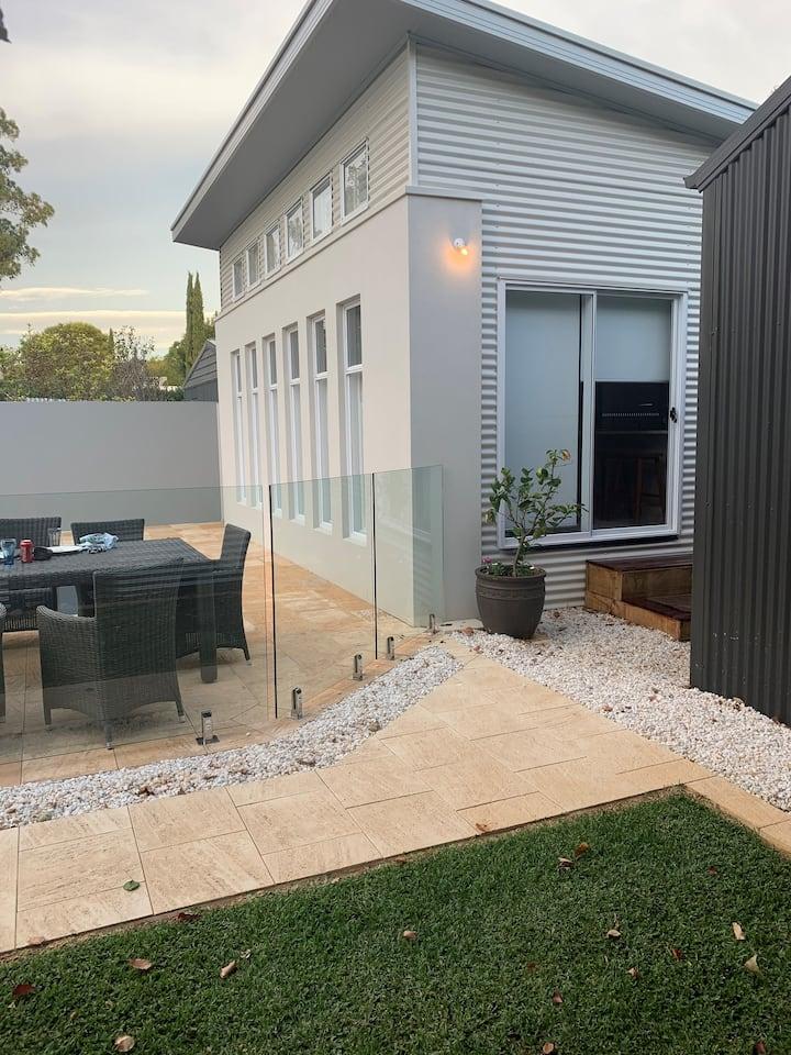 Pool House - Unley Area - Adelaide