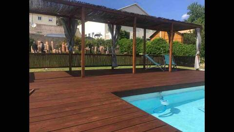 Cosy Studio près de cassis avec piscine