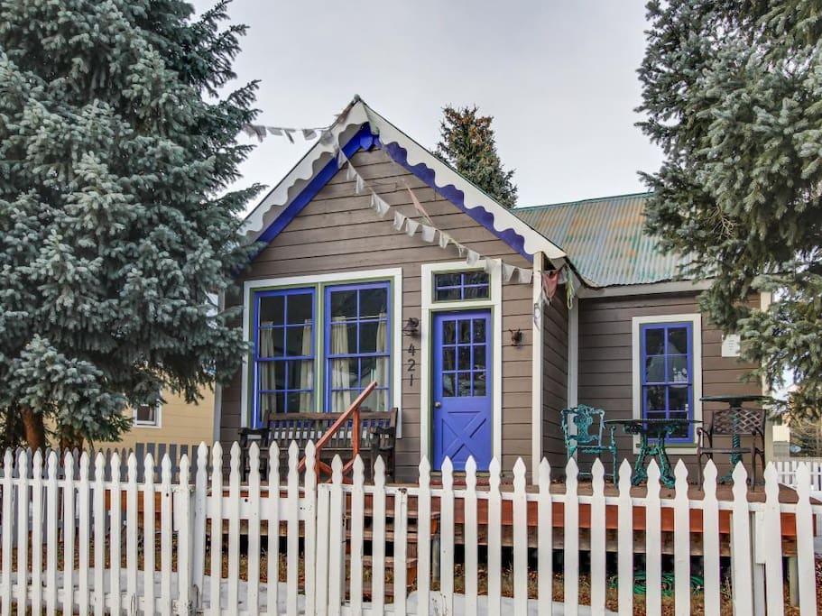 Storybook cabin in crested butte colorado united states for Cabine vicino a crested butte co