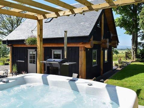 A True Log Cabin Experience.