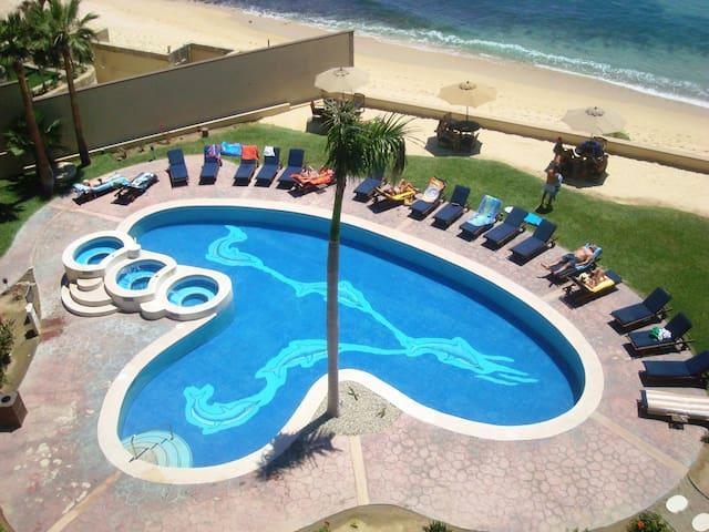 Beachfront 2bdr Condo in Las Olas - San José del Cabo - Apartemen