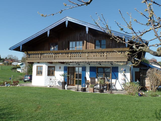 FeWo in Rimsting am Chiemsee - Rimsting - Apartment