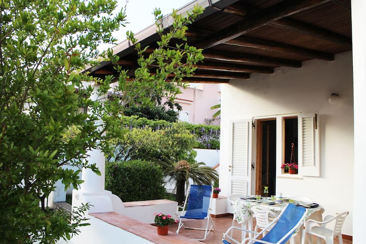 Villa Fiori D'Arancio A Lipari - ลิปาริ - อพาร์ทเมนท์