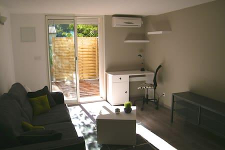 Studio indépendant dans villa - La Valette-du-Var - Apartment