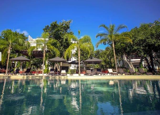 Luxury Condo / Private Room / Vacation in Style - Akumal - Condominio